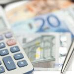 Mugur Isărescu: Sectorul guvernamental este cel care creează deficitul extern în totalitate