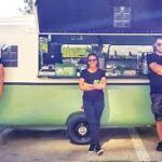 Afaceri de la Zero. Pandemia a reprezentat o oportunitate pentru trei tineri din Bucureşti, care au fondat Nuaj, un foodtruck cu sendvişuri şi urmează să deschidă un restaurant